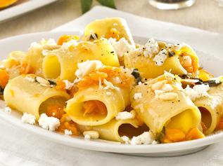 Paccheri zucca e calamari, la ricetta da Capri