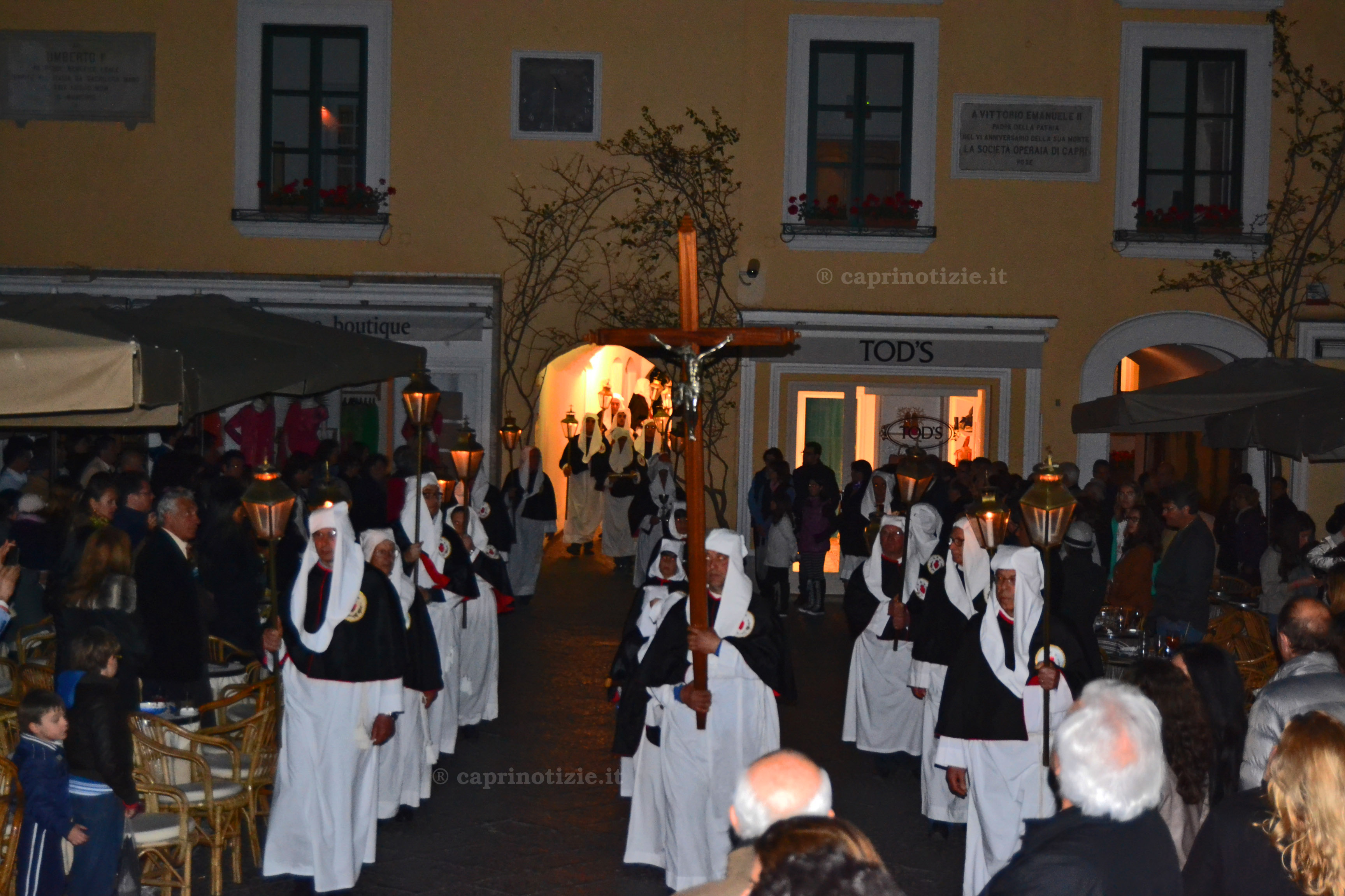 Capri  la processione del venerdi' santo le foto