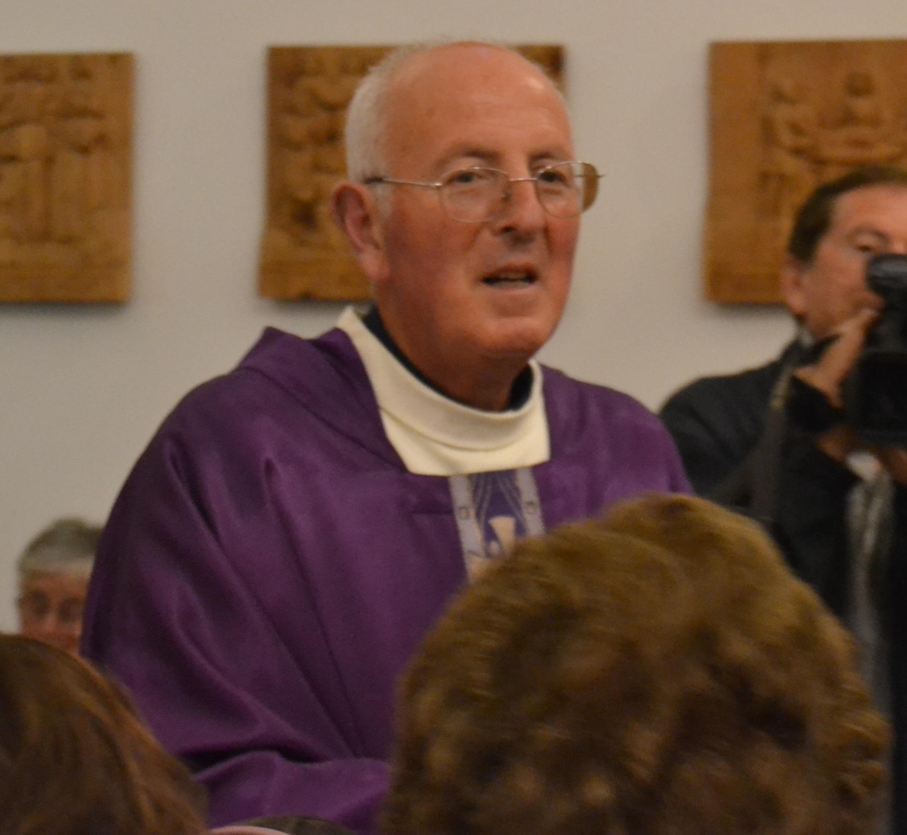 Capri festeggia I 25 anni di sacerdozio di Don Vincenzo Simeoli