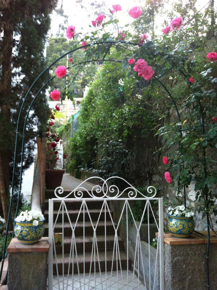 Le vacanze a Villa Striano, riscoprire l'antica ospitalita' di Capri