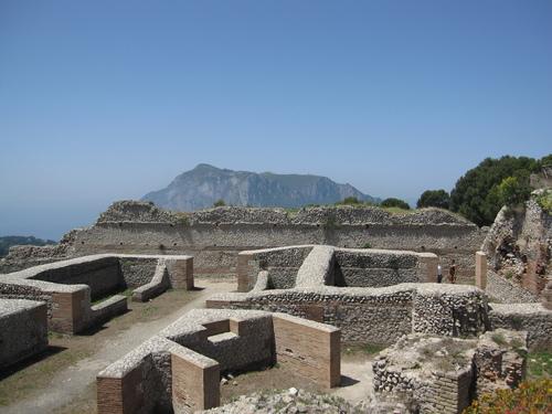 Capri: Villa Jovis e Certosa di San Giacomo aperti fino al 31 Dicembre, i nuovi orari di apertura