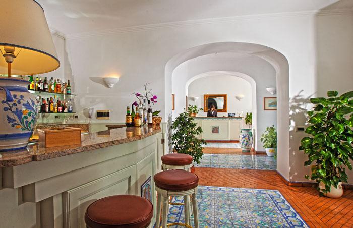 Capri, Handmade Market creativita' e solidarieta' pro Anfass al Relais Maresca
