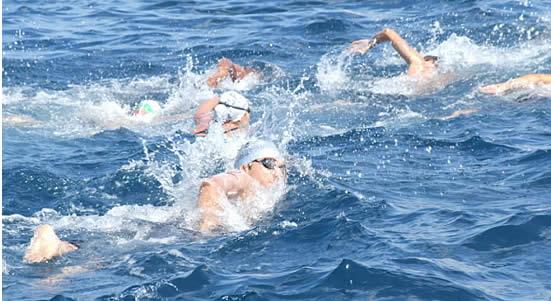 La Capri-Napoli di Nuoto Domenica la partenza della maratona del Golfo (VIDEO)
