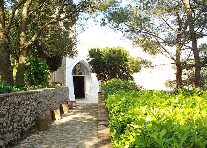 Capri, una passeggiata a Cetrella con Costanzo