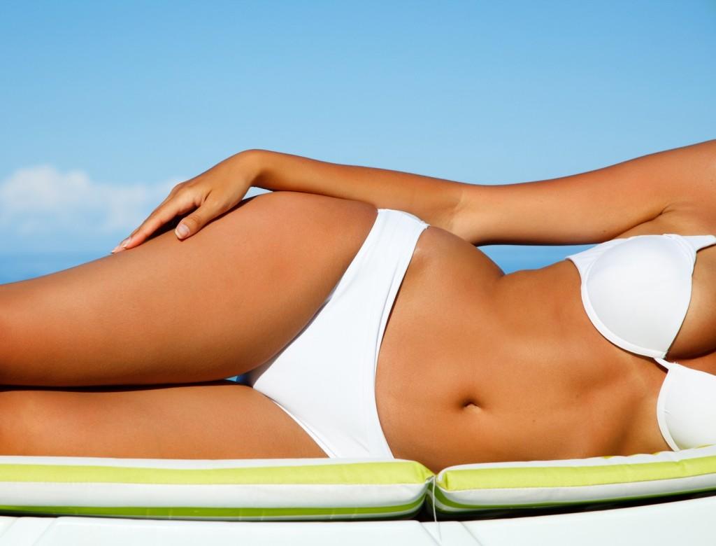 10 consigli per un' abbronzatura sana e senza rischi