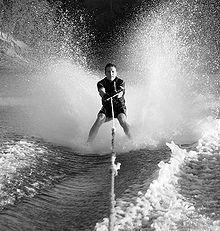 Con gli sci sul mare di Capri, video del 1951