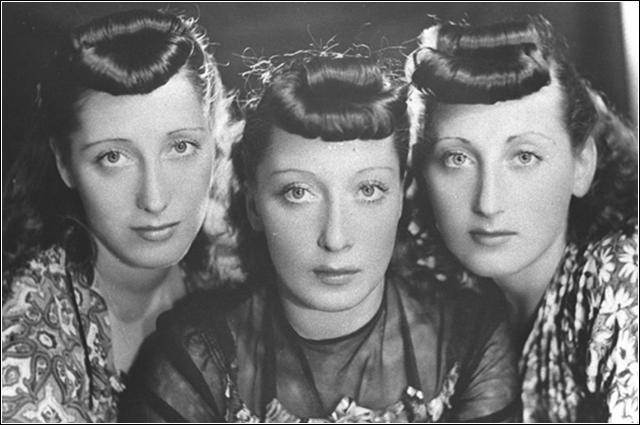 """""""La' nell' isola di Capri"""" canta il trio Lescano nel 1945"""