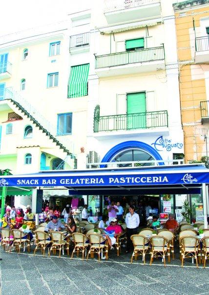 Le bibite Caprigo' nel prestigioso Bar Augusto di Capri