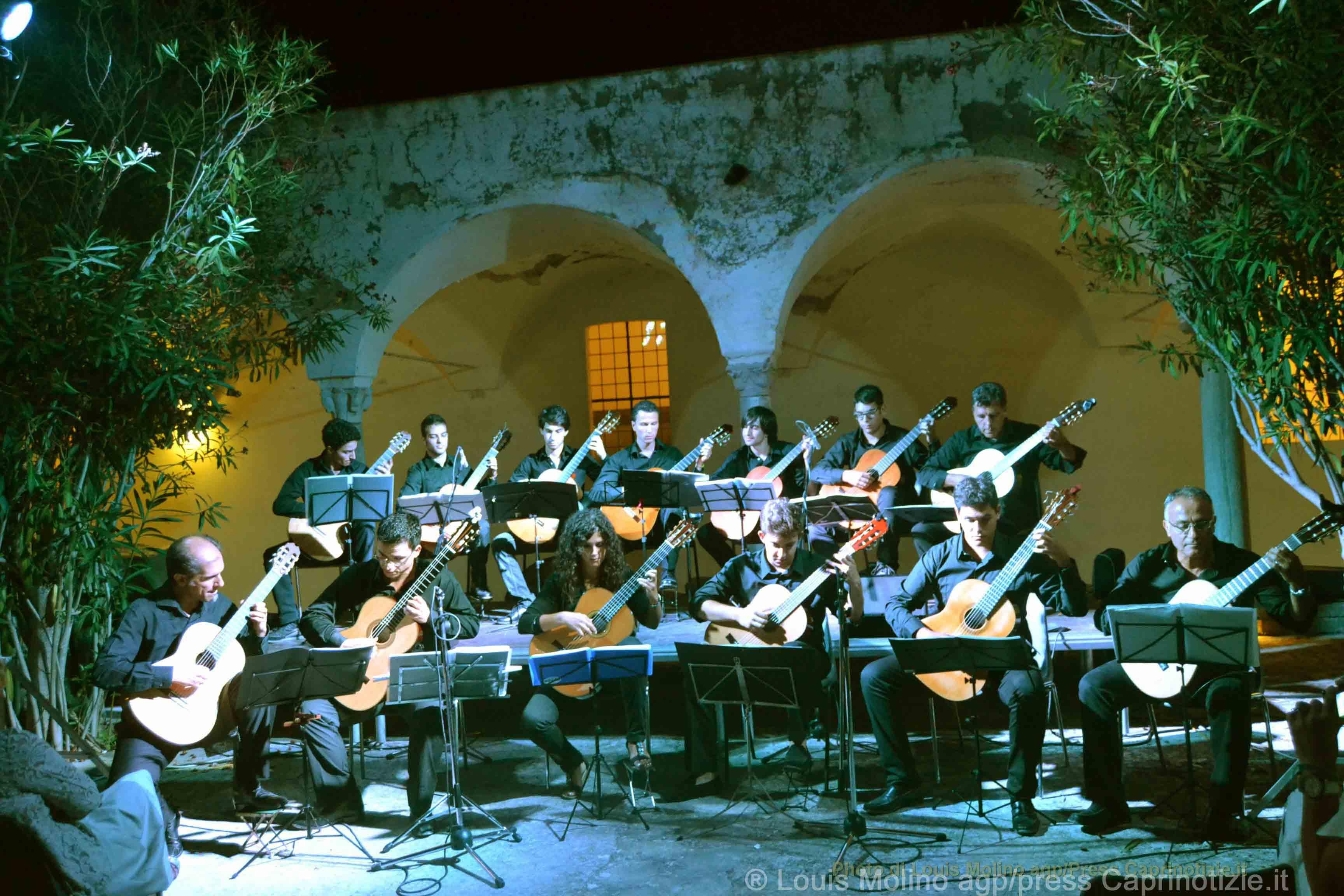 """Concerto di fine anno a Capri con le chitarre del gruppo """"Georges Bizet Guitare Ensemble"""""""