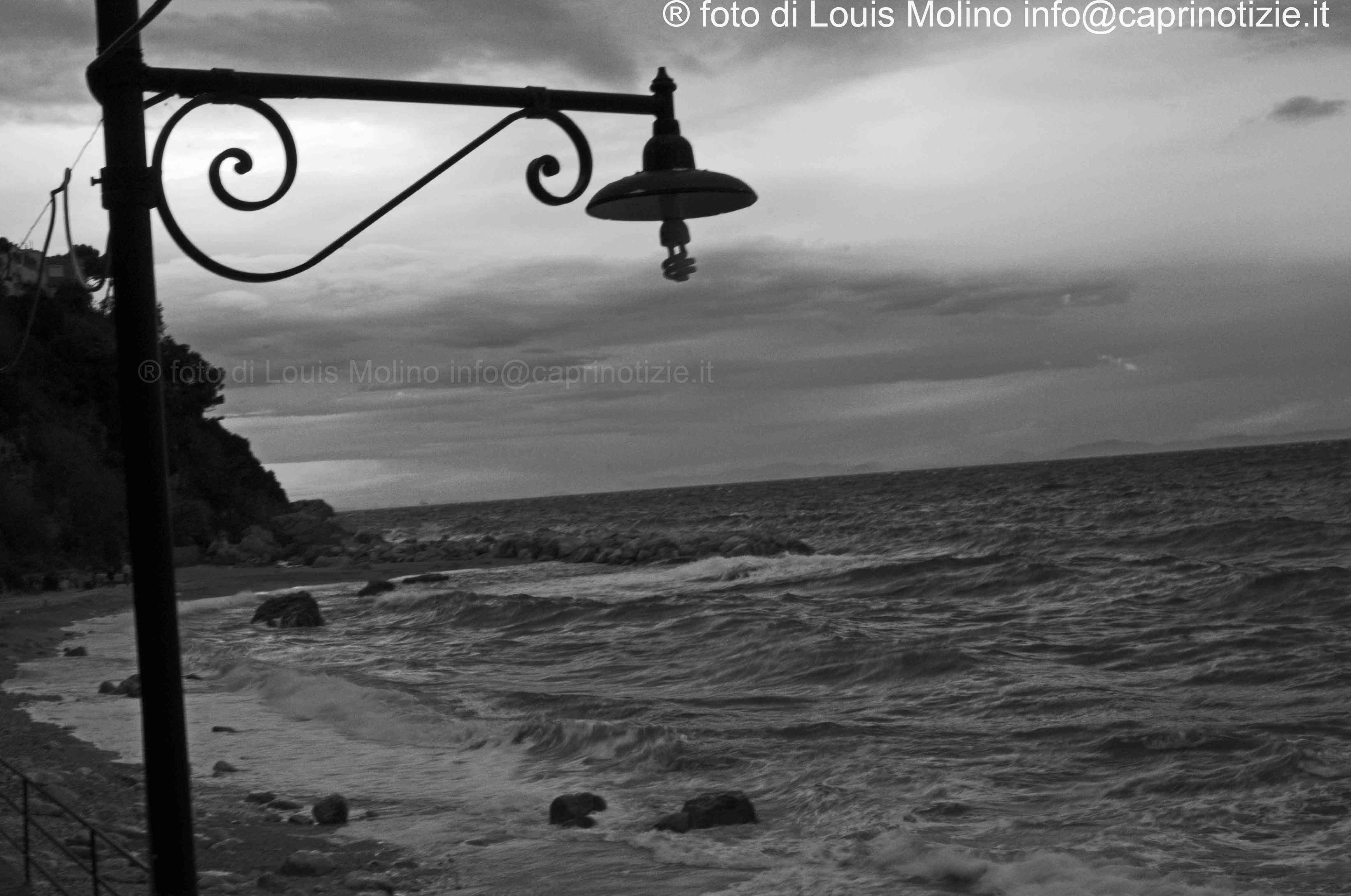 Capri: forti temporali in corso,disagi e smottamenti e problemi alle linee telefoniche