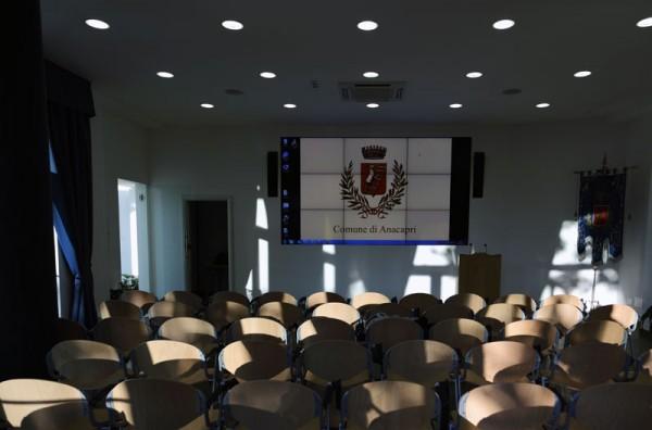 Farà tappa a Capri l'ambizioso progetto per la candidatura dell'opera lirica italiana come bene immateriale dell'umanità presso l'UNESCO. Una due giorni che il Comune di Anacapri, da sempre sensibile ad ogni forma d'arte e cultura, ha voluto ospitare l'11 e 12 settembre prossimi, per dare il proprio contributo all'iter del riconoscimento.