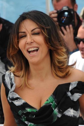 (Video) Look sportivo e shopping, le vacanze di Sabrina Ferilli a Capri