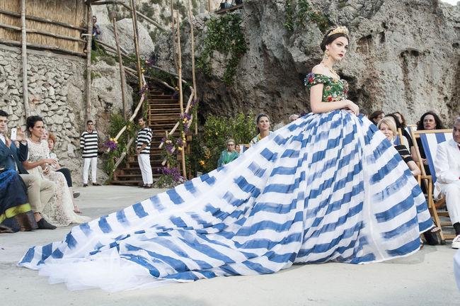 sfilata dolce gabbana a Capri