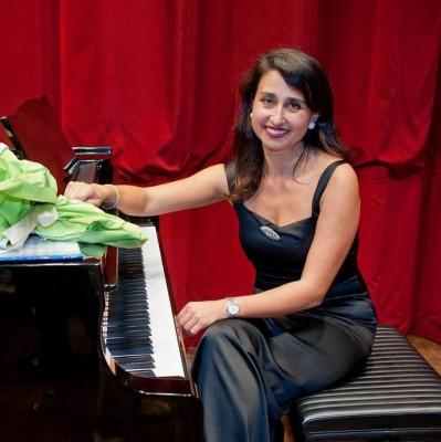 """""""Le notti bianche della cultura"""" concerto per piano di Simonetta Tancredi  e visite guidate al museo Cerio e alla Biblioteca di Capri"""
