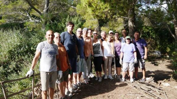 Volontari a Capri: Terminato il grande intervento di pulizia dei belvederi di Dentecala