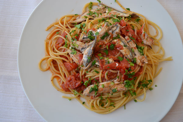 Linguine alici e fichi d'india (ricetta antica)