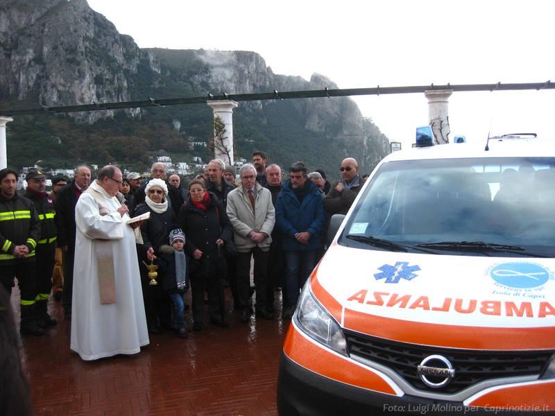 Capri: Inaugurata la nuova ambulanza della Società San Vincenzo de Paoli (FOTO)