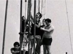 La posa della statua della S. Maria del Soccorso sul monte Tiberio Capri. (Video del 1979)