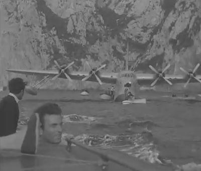 Gracie Fields e  Boris Alperovic arrivano a Capri in idrovolante ( video del 1954 )
