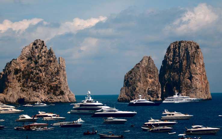 Capri: Area Marina Protetta per proteggere il patrimonio biologico e favorire un turismo compatibile con l'ambiente