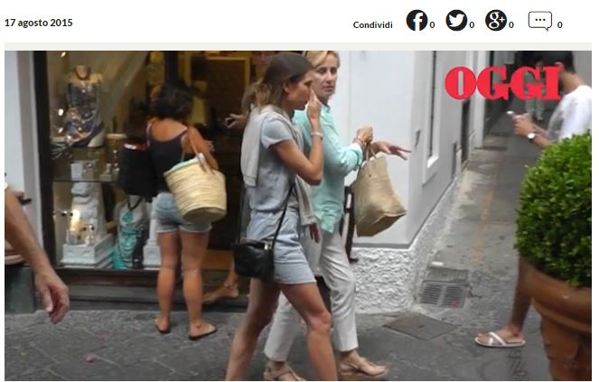 Capri:  Charlotte Casiraghi a spasso per il centro (foto e video di Oggi.it)