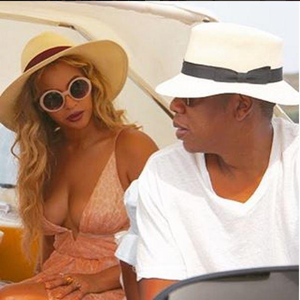 Beyoncé e Jay Z con la figlia Blue Ivy a Capri  (FOTO)