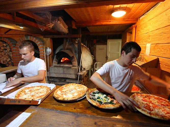 """5 Coupon """" Pizzerie Napoli """" da non perdere! da Groupon"""