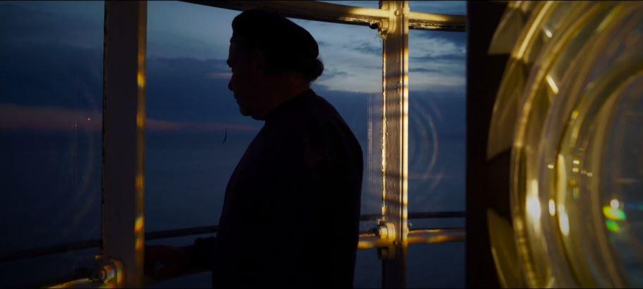 """"""" Segnali di Luce """" L'ultimo guardiano del Faro di Capri nel nuovo video di Umberto D'Aniello"""