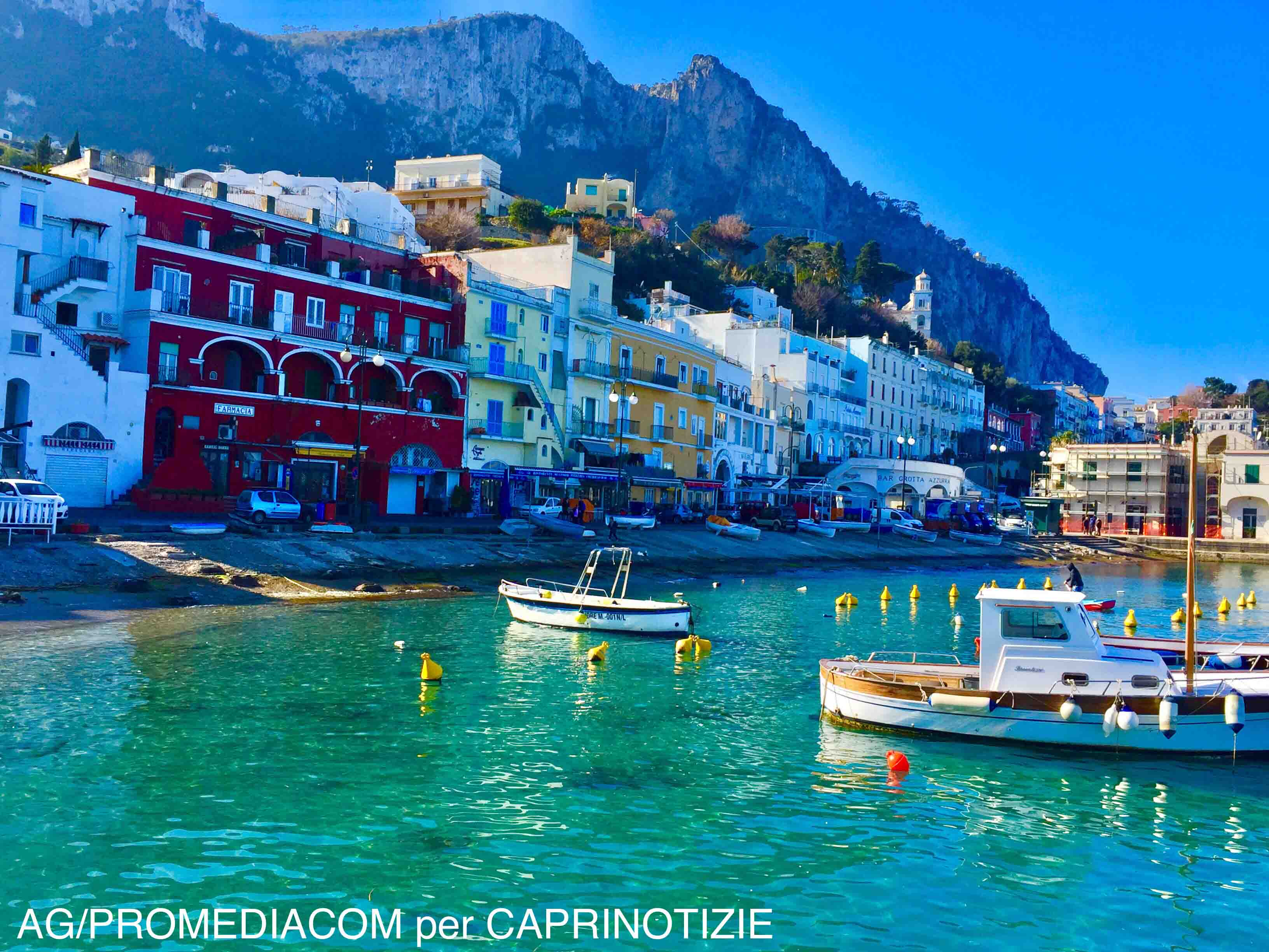 Capri: Il fascino del Porto dell'Isola in pieno Inverno (VIDEO)