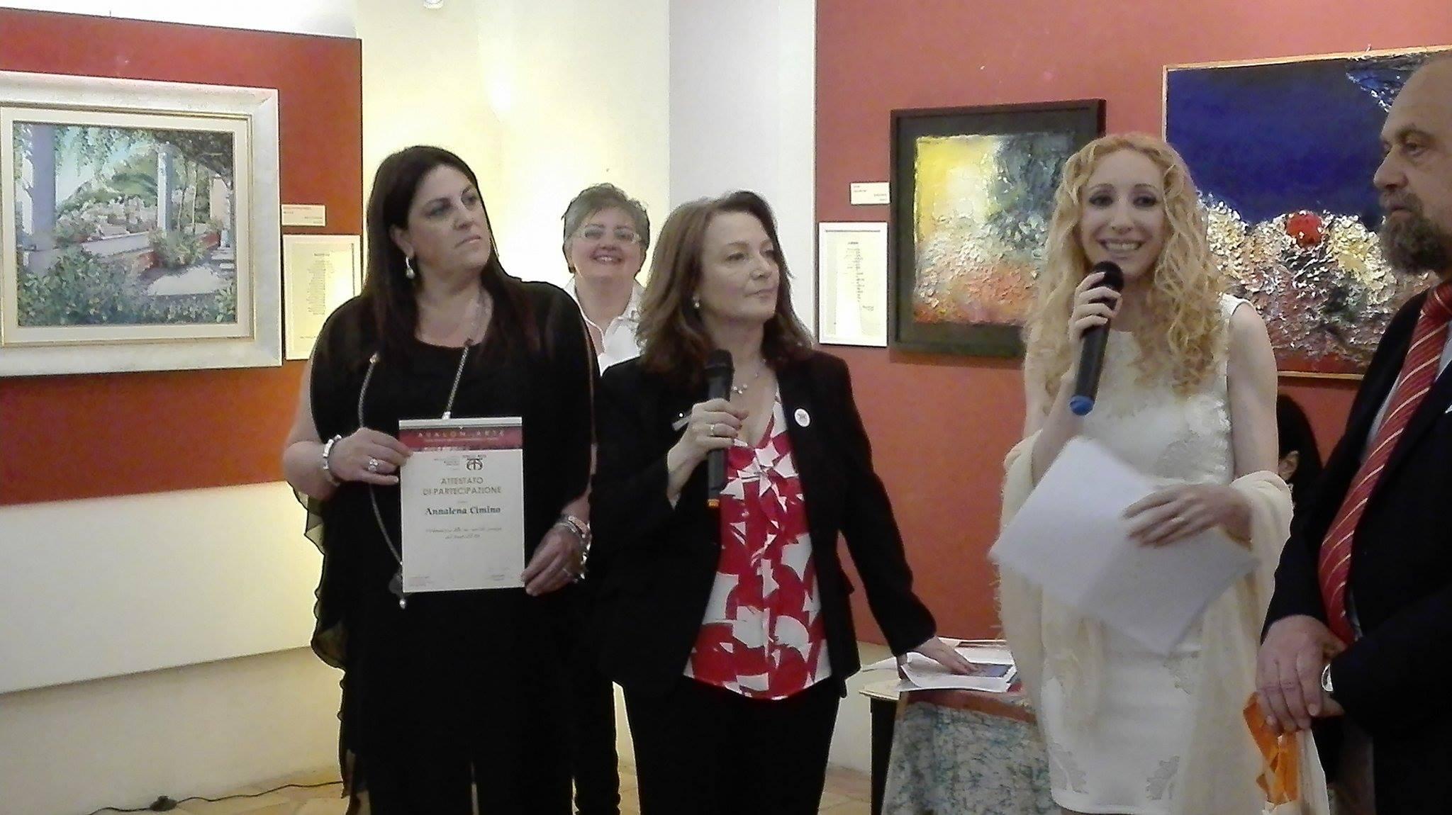 """Primo posto per Annalena Cimino come """"Poeta più votato dal pubblico"""" all'Expo di Arte Contemporanea e Poesia di Avalon Arte a Cava de' Tirreni"""