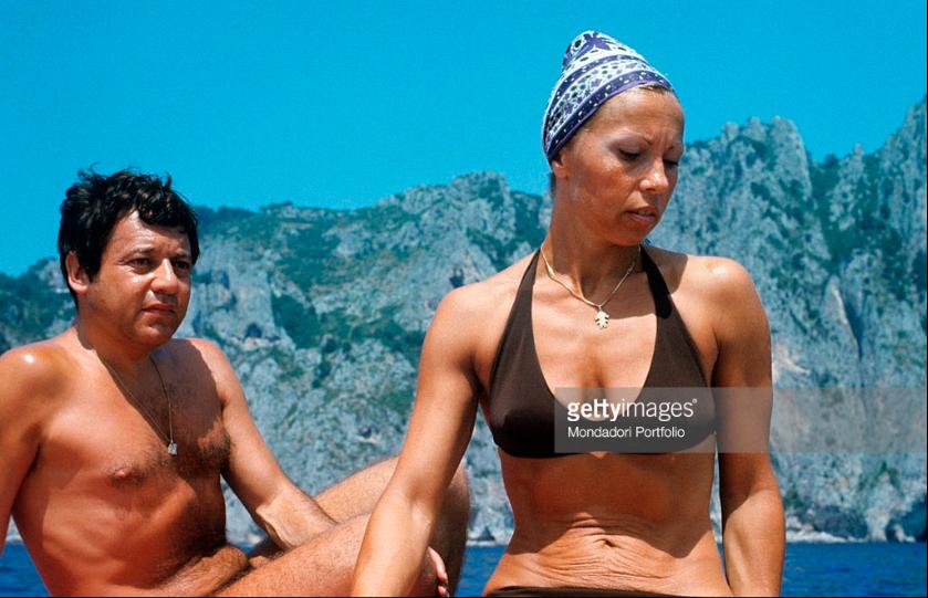 Ciao Paolo Villaggio. le foto inedite dell'Attore a Capri dagli anni 60 in poi