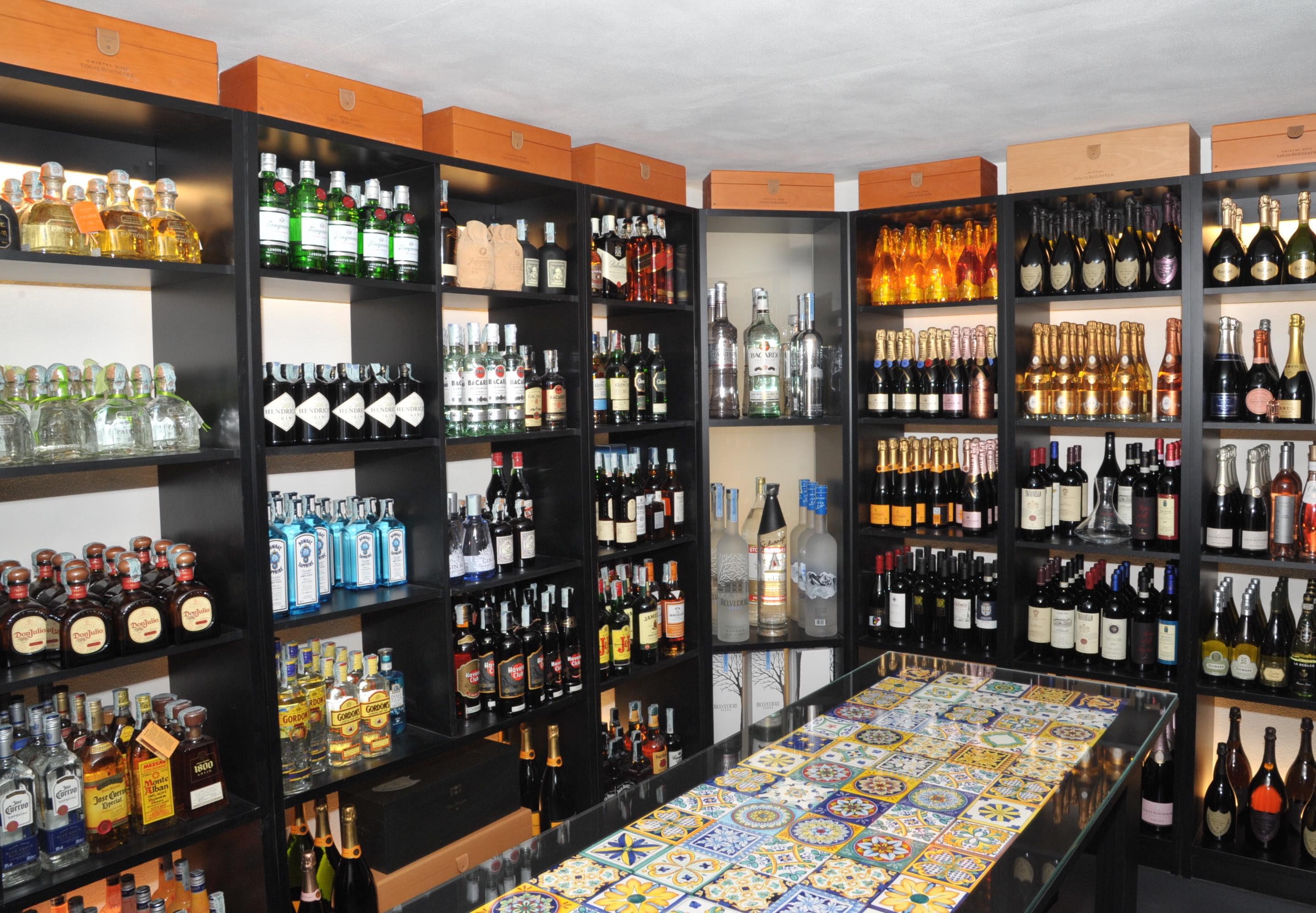 """Anema e Core di Capri. LE FOTO del nuovo spazio """"La stanza privata dello Champagne"""""""