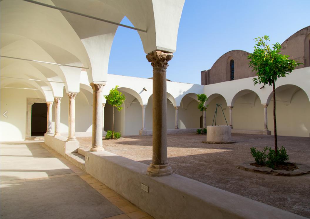 Capri. Adotta una colonna della Certosa di San Giacomo, la campagna per il restauro delle colonne del Piccolo Chiostro