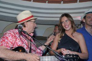 Vip a Capri: Mariaelena Boschi un week-end caprese tutto relax e Anema e Core (FOTO-VIDEO)
