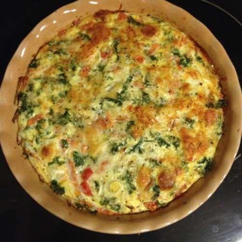 Capri. L'antica ricetta della frittata di Bieta (Aete) e Pinoli
