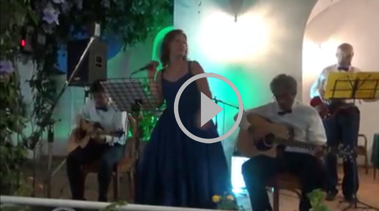 Settembrata Anacaprese 2017: Il tributo dei Winter Wine all'indimenticabile voce di Gracie Fields (VIDEO)