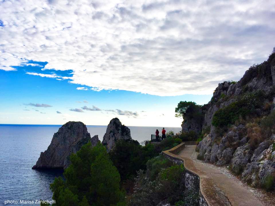 Capri. La Passeggiata del Pizzo Luongo e le immagini tra  Faraglioni Cielo e Mare (VIDEO)
