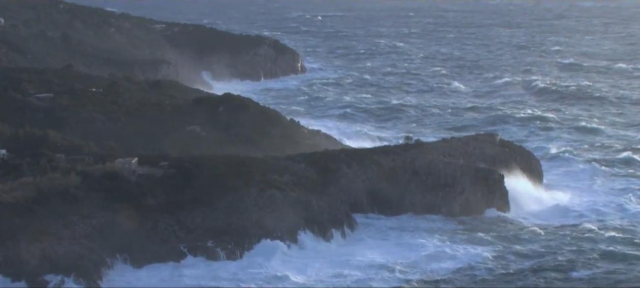 Capri. Le Straordinarie immagini della  Mareggiata del 28 Dicembre nel Video di Salvatore Vivo