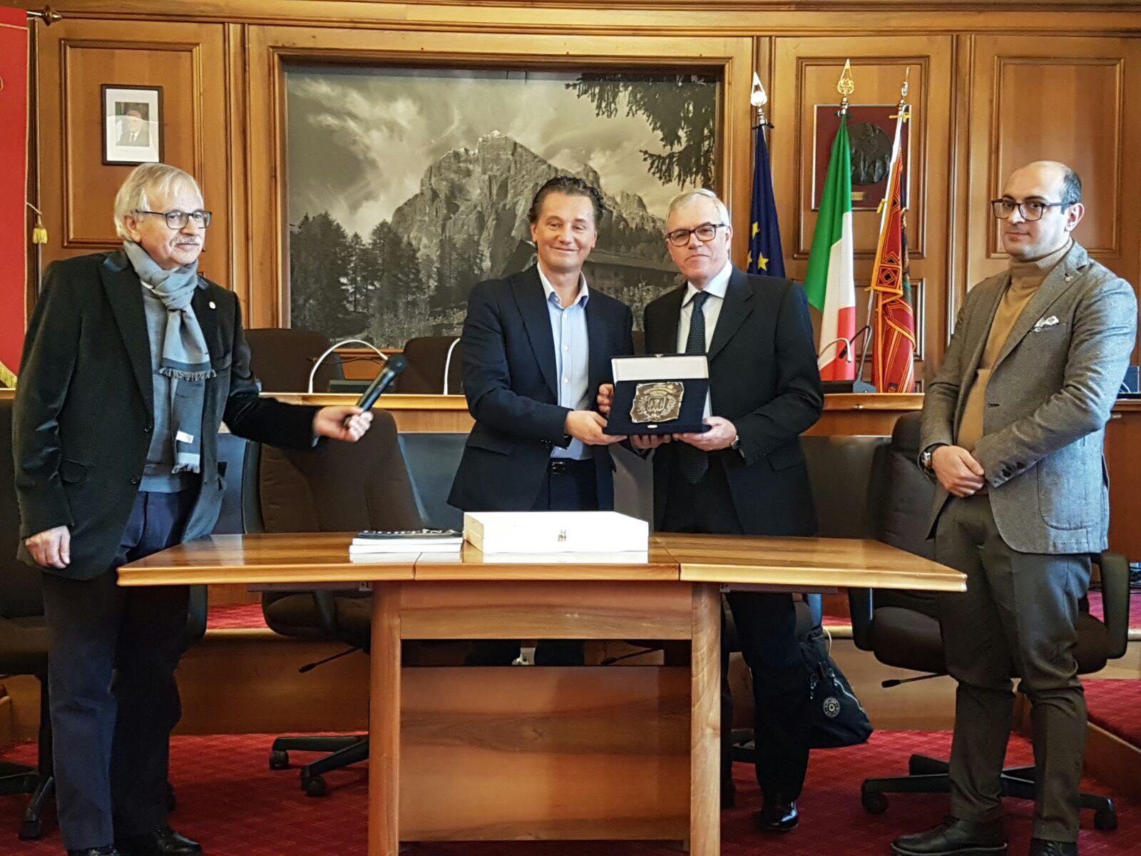 """Capri incontra Cortina"""" due grandi a dialogo sul turismo internazionale"""" ( FOTO)"""