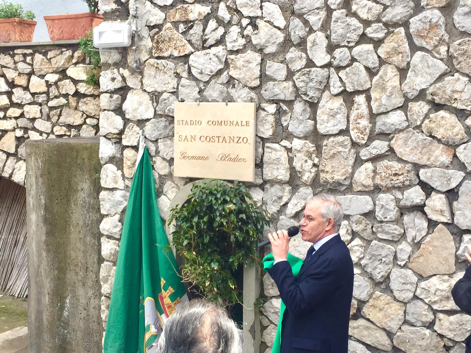 Capri. Intitolazione del Campo di Calcio in Memoria di Mister Germano Bladier  (Foto e Video)