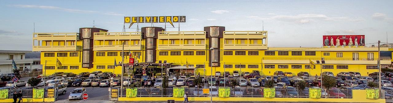 """Oliviero presenta """"La Città dello Shopping""""  ed é subito un grande Successo!"""