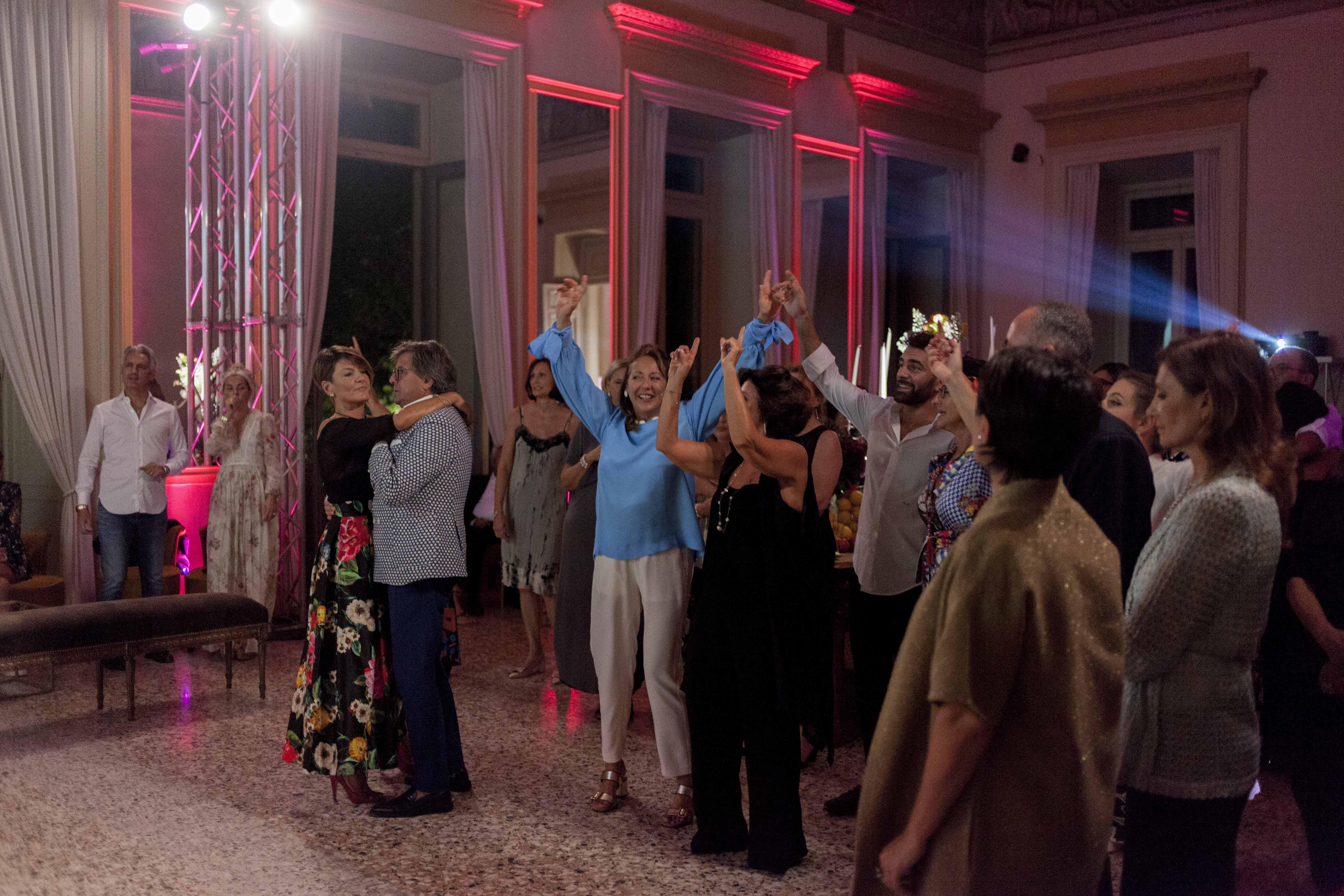 Trasferta milanese per l'Anema e Core, ospite dello Sparkling Party di Chantecler (FOTO)