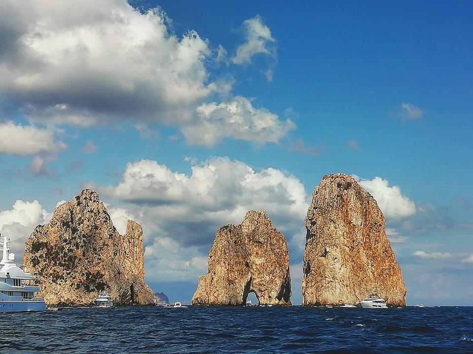 Capri. Previsioni Meteo e condizioni del Mare per Lunedì 22 Luglio 2019