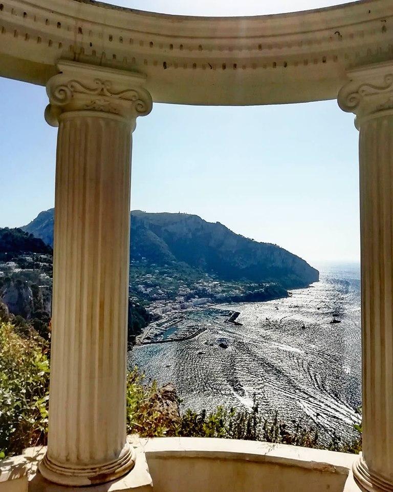 Capri. Un pomeriggio di inizio Luglio a Villa Lysis (Video)