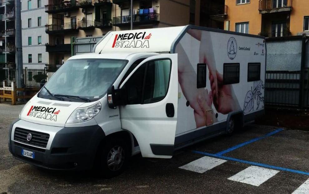 """Aiutiamo il piccolo Eskander l'appello dei """"Medici di Strada"""" di Napoli"""