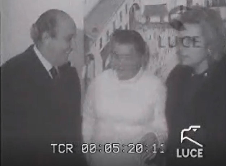 Capri 1971. La Capri di Carmelina è una festa di colori (VIDEO INEDITO)