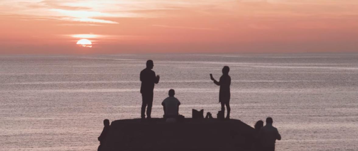 """Capri. """"Aspettando il Tramonto al Faro"""" il Video é uno Spettacolo"""