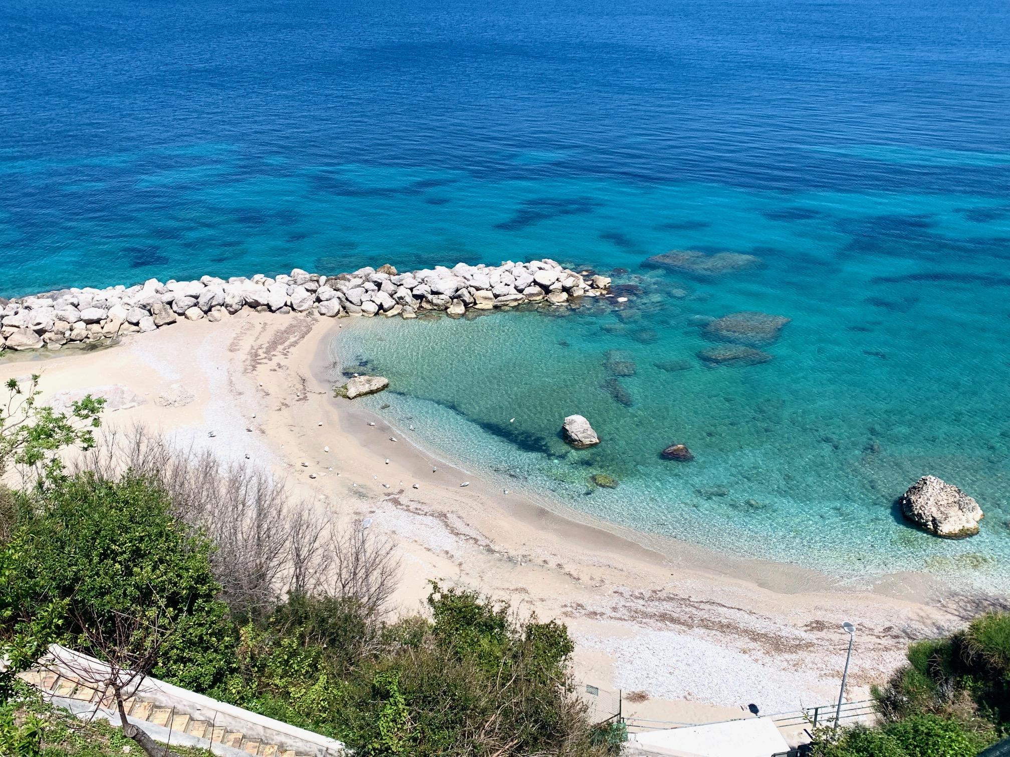 Capri. Il Mare Cristallino durante il lockdown é uno Spettacolo (VIDEO)