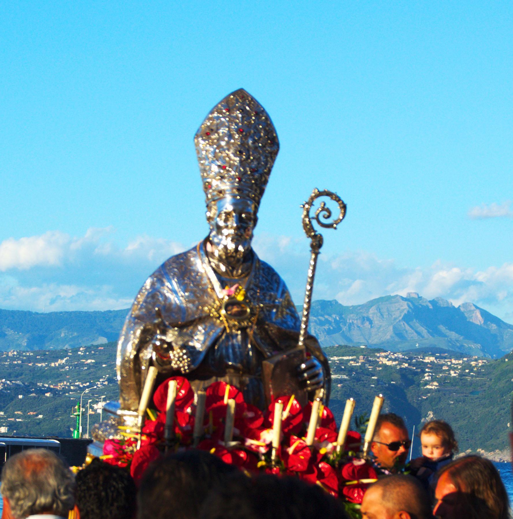 Capri. Evento Online in Onore di San Costanzo, Santo Patrono dell'isola dei Faraglioni