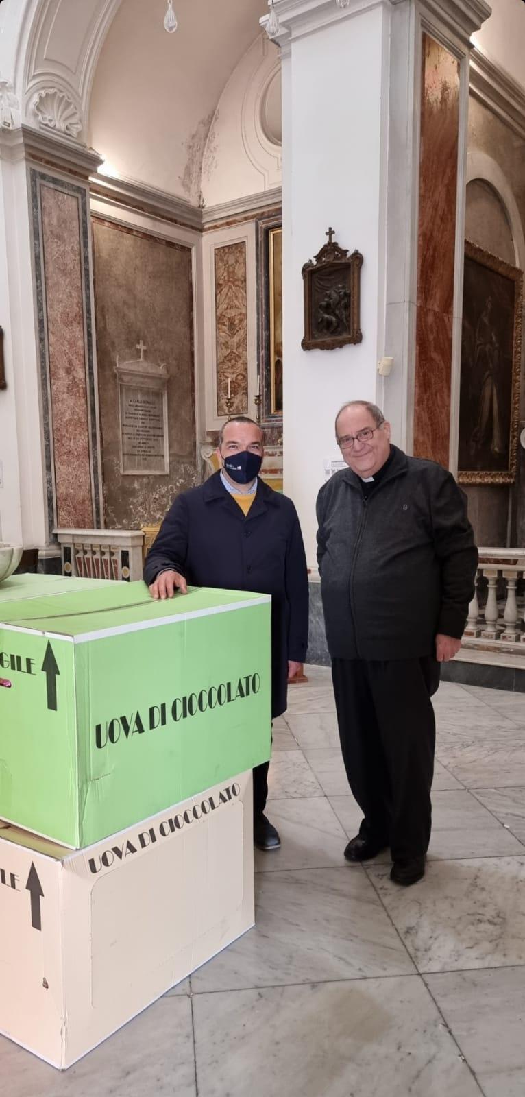 Capri. Il Rotary dona Uova di Cioccolato e Pacchi Spesa per i più bisognosi dell'isola